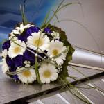 Brautstrauß blaue Rosen